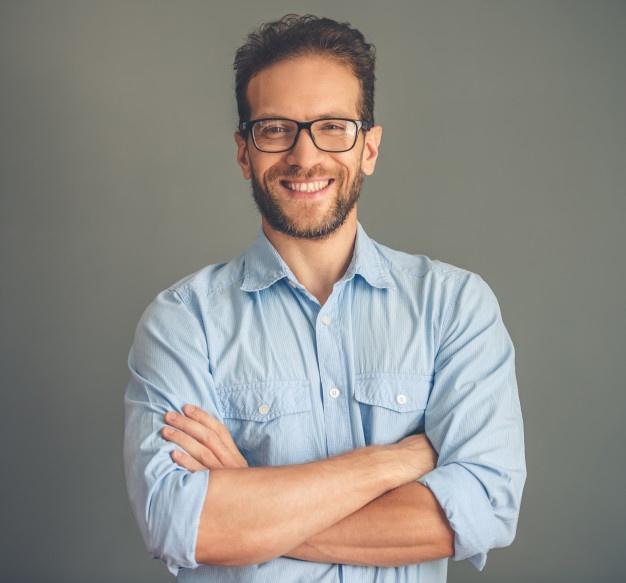 handsome-young-businessman-shirt-eyeglasses_85574-6228